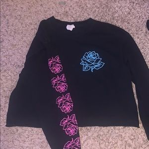 black pink and blue rose crop top from rue 21
